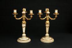 Coppia di candelabri in marmo e bronzo